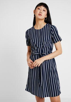 PCBISLA STRIPED TIE DRESS - Day dress - navy blazer/white