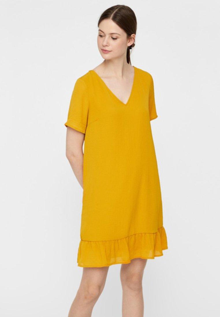 Pieces - Freizeitkleid - yellow