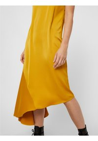 Pieces - Maxiklänning - yellow - 3