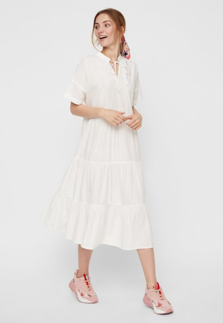 Pieces - CASUAL FIT - Vestido largo - bright white