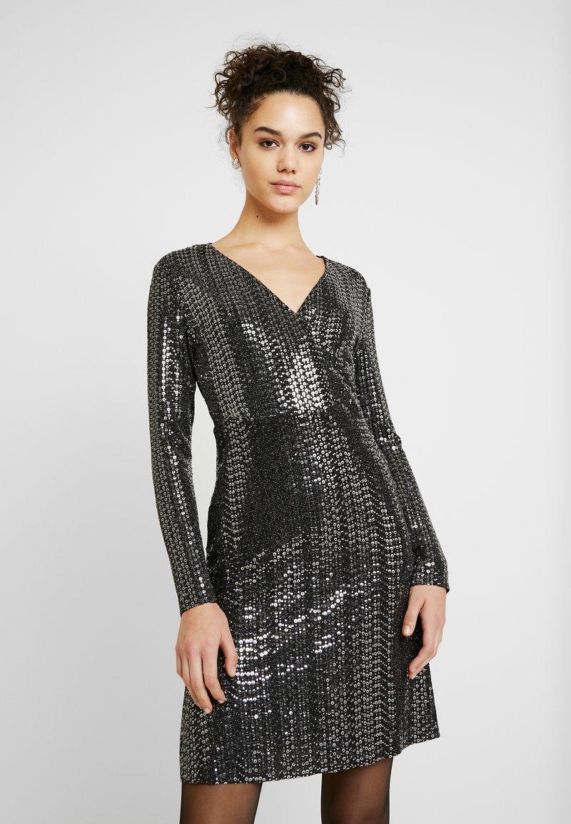 Pieces - Korte jurk - black/silver