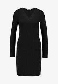 Pieces - Gebreide jurk - black - 4