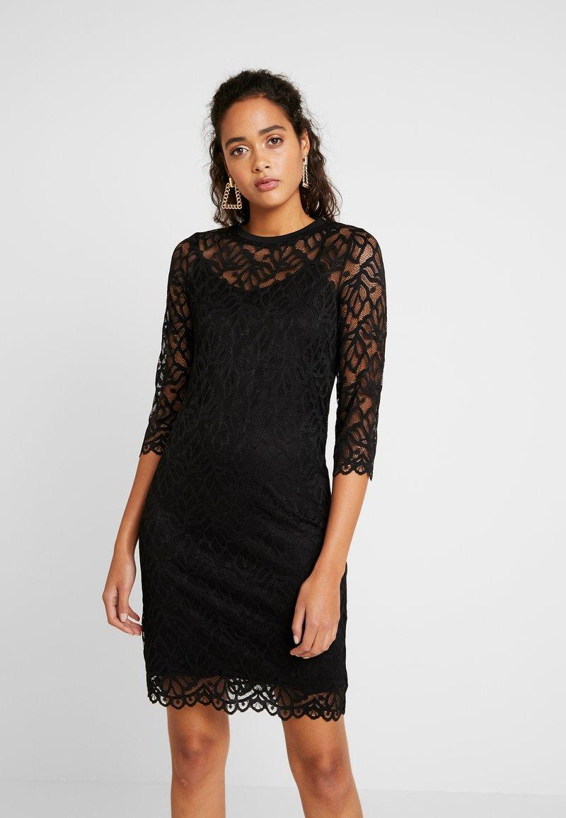 Pieces - PCJORDAN DRESS - Cocktailklänning - black