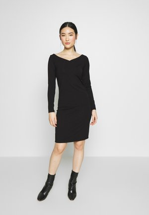 PCMALIVA DRESS - Kotelomekko - black