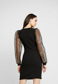 Pieces - PCMADELENA ORGANZA DRESS - Pouzdrové šaty - black - 3