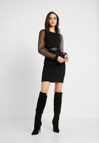 Pieces - PCMADELENA ORGANZA DRESS - Pouzdrové šaty - black - 2