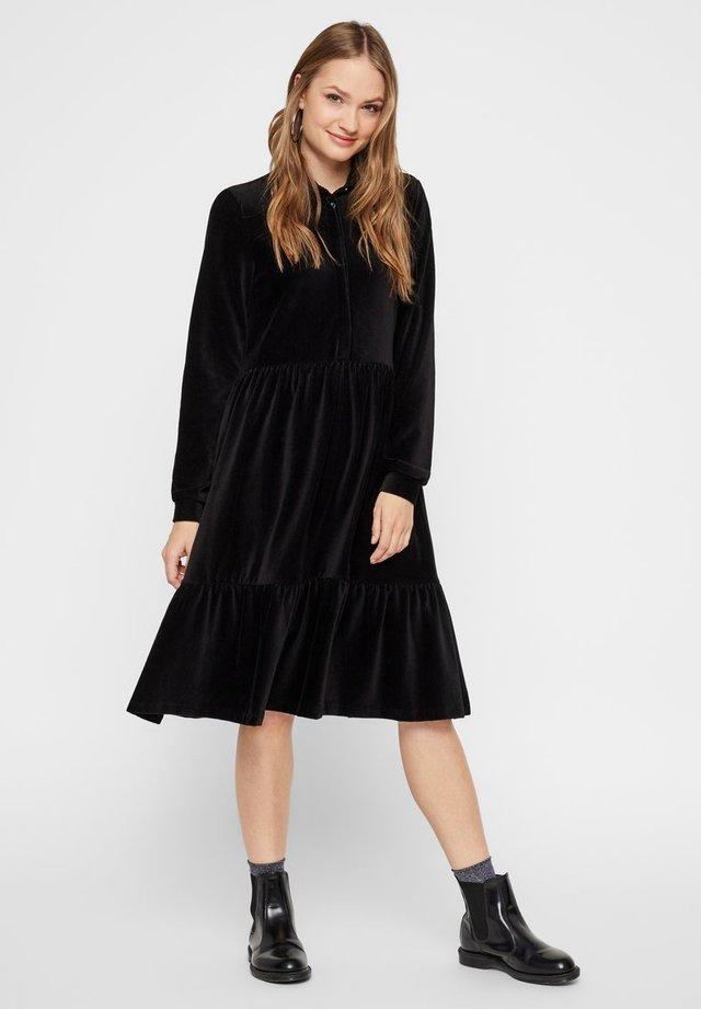 MIT STUFEN CORD - Shirt dress - black