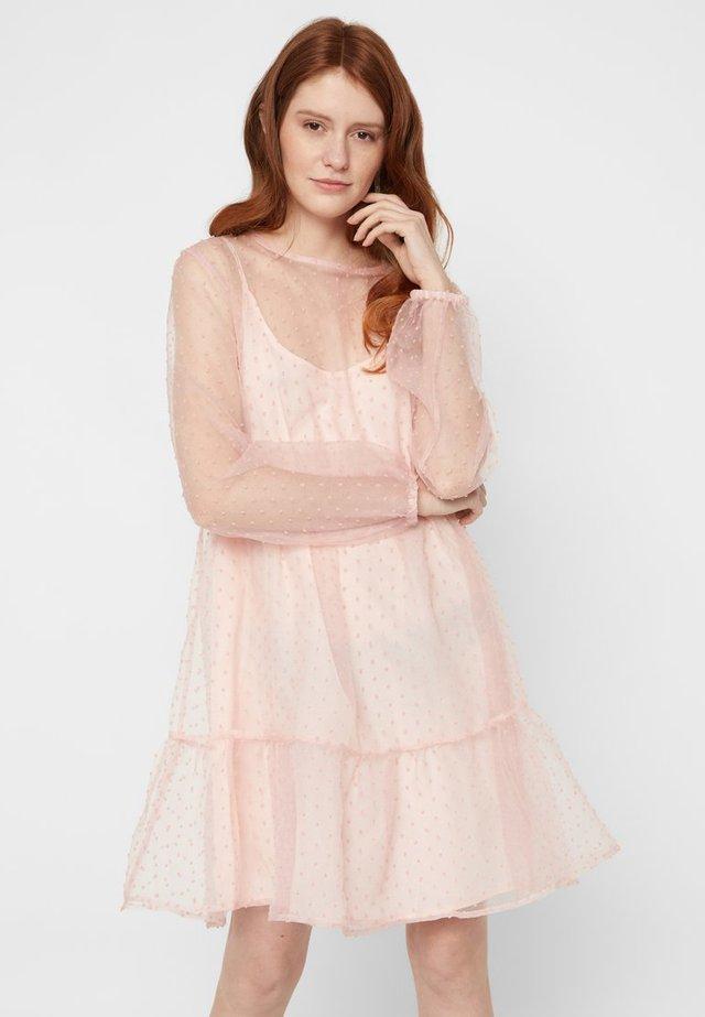 Vestido informal - ash rose