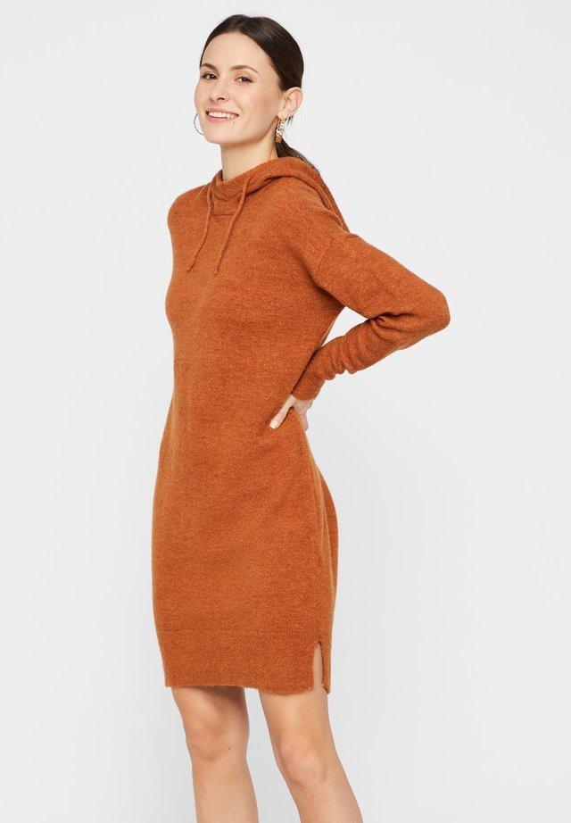 STRICK - Gebreide jurk - mocha bisque