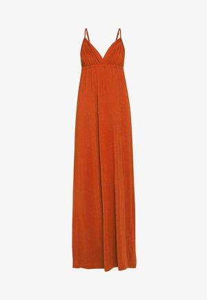 PCNURINE STRAP ANKLE DRESS - Maxi šaty - burnt henna