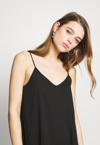Pieces - PCBODIL SLIP DRESS NOOS BC - Day dress - black - 3