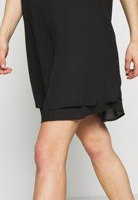 Pieces - PCBODIL SLIP DRESS NOOS BC - Freizeitkleid - black - 5