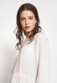 Pieces - PCNUME DRESS  - Robe d'été - bright white - 4