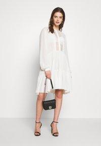 Pieces - PCNUME DRESS  - Robe d'été - bright white - 1