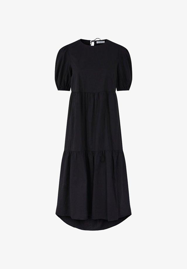 PCMELIA MIDI DRESS - Sukienka letnia - black