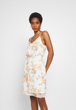 PCOHUANIA SLIP DRESS - Day dress - cloud dancer