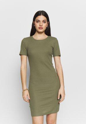 PCKAZZA TEE DRESS - Vestido ligero - deep lichen green