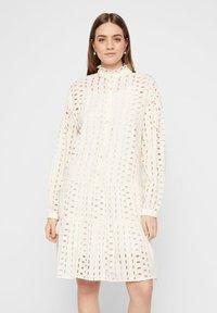 Pieces - MIDIKLEID LOCHSTICKEREI - Shirt dress - whitecap grey - 0