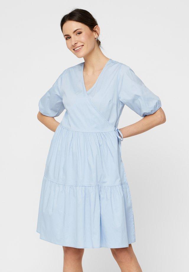 WICKELKLEID PUFFÄRMEL - Vapaa-ajan mekko - kentucky blue