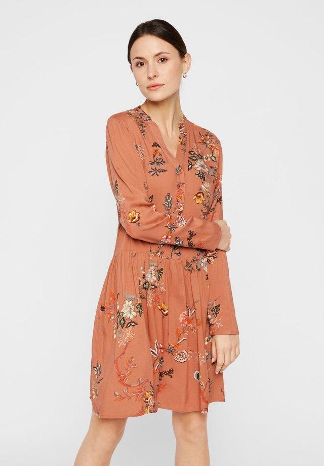 Shirt dress - copper brown