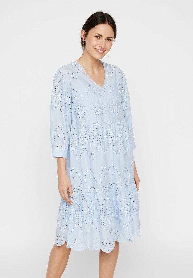 Vestido informal - kentucky blue
