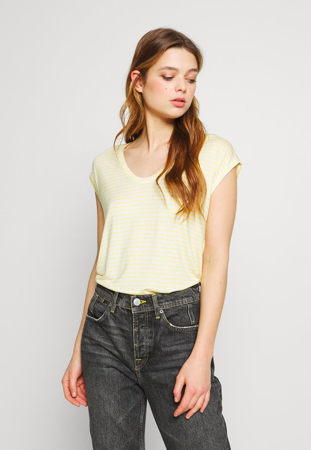 PCBILLO NEW TEE - T-Shirt print - bright white/lemon drop