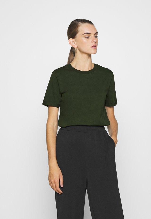 PCRIA  - T-shirts basic - duffel bag