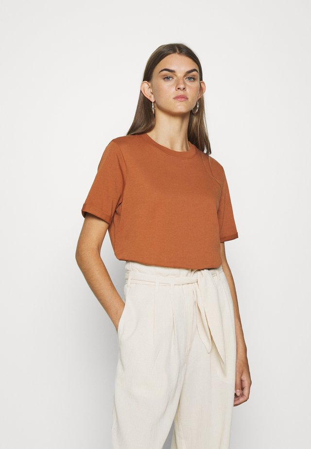 PCRIA FOLD UP SOLID TEE - T-shirt - bas - mocha bisque