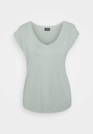 PCKAMALA TEE - Basic T-shirt - jadeite
