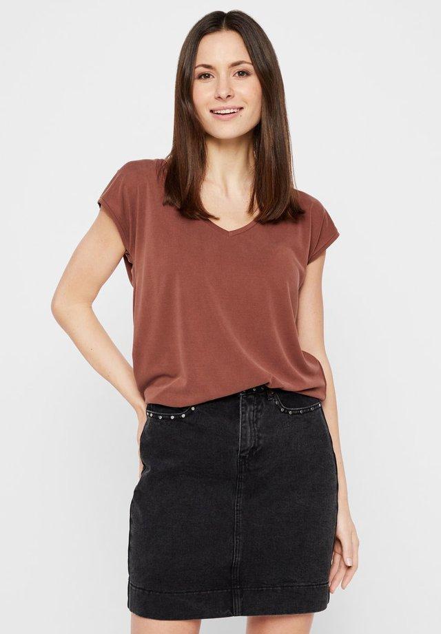 PCKAMALA TEE NOOS - T-shirt basic - dark brown