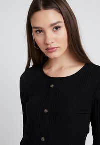 Pieces - PCDITTE - Long sleeved top - black - 3
