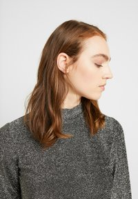 Pieces - Long sleeved top - black/silver - 3