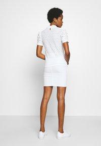 Pieces - PCCHRISTY  TOP  - T-shirt imprimé - bright white - 2
