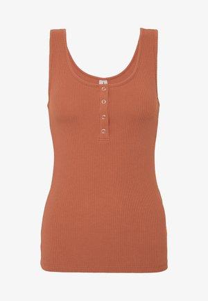 Topper - copper brown