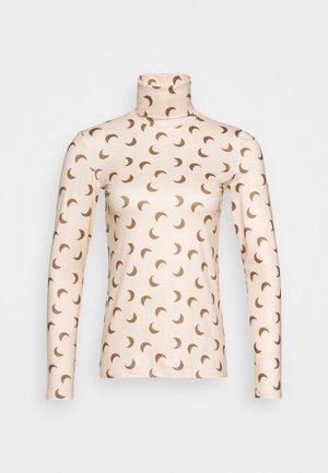 PCNALA TURTLE NECK - Maglietta a manica lunga - nude/brown