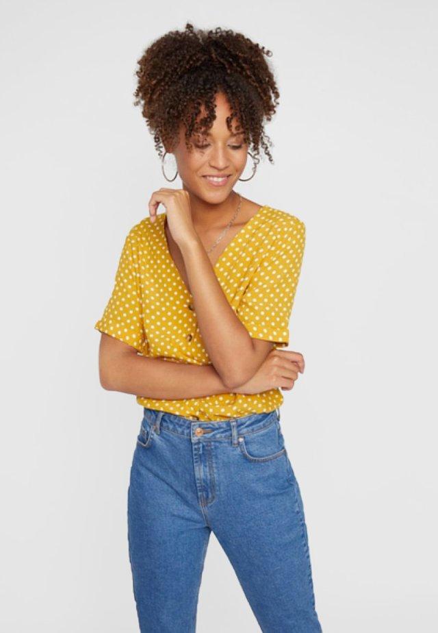 PCCOYA - Blouse - yellow