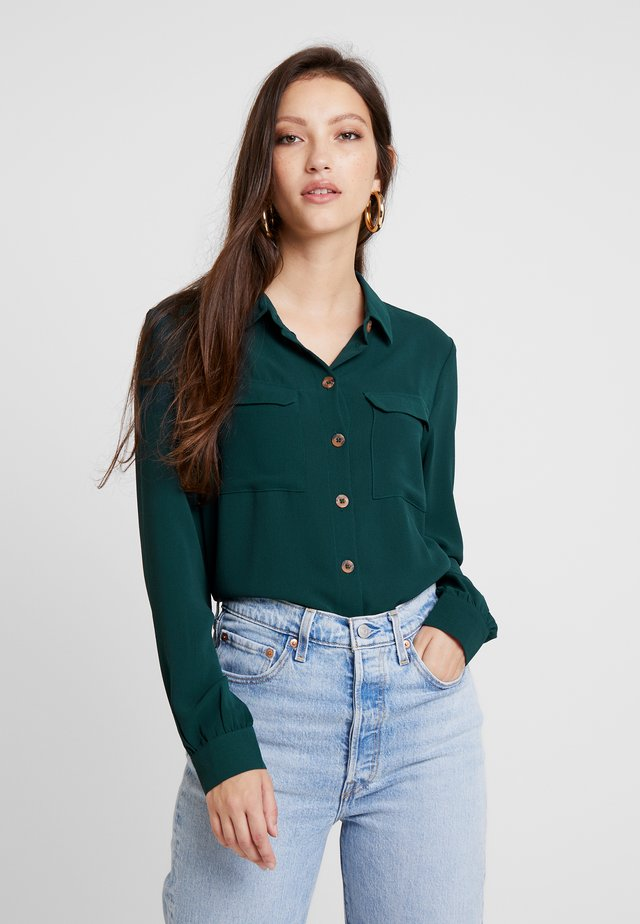 PCJANNIS - Button-down blouse - pine grove
