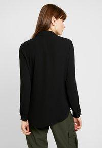 Pieces - PCJANNIS - Camisa - black - 2