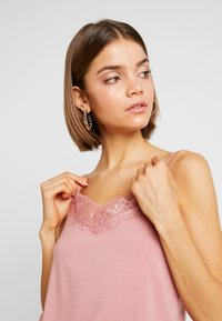 Pieces - Blusa - ash rose - 3