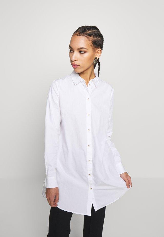 PCNOMA - Button-down blouse - cloud dancer