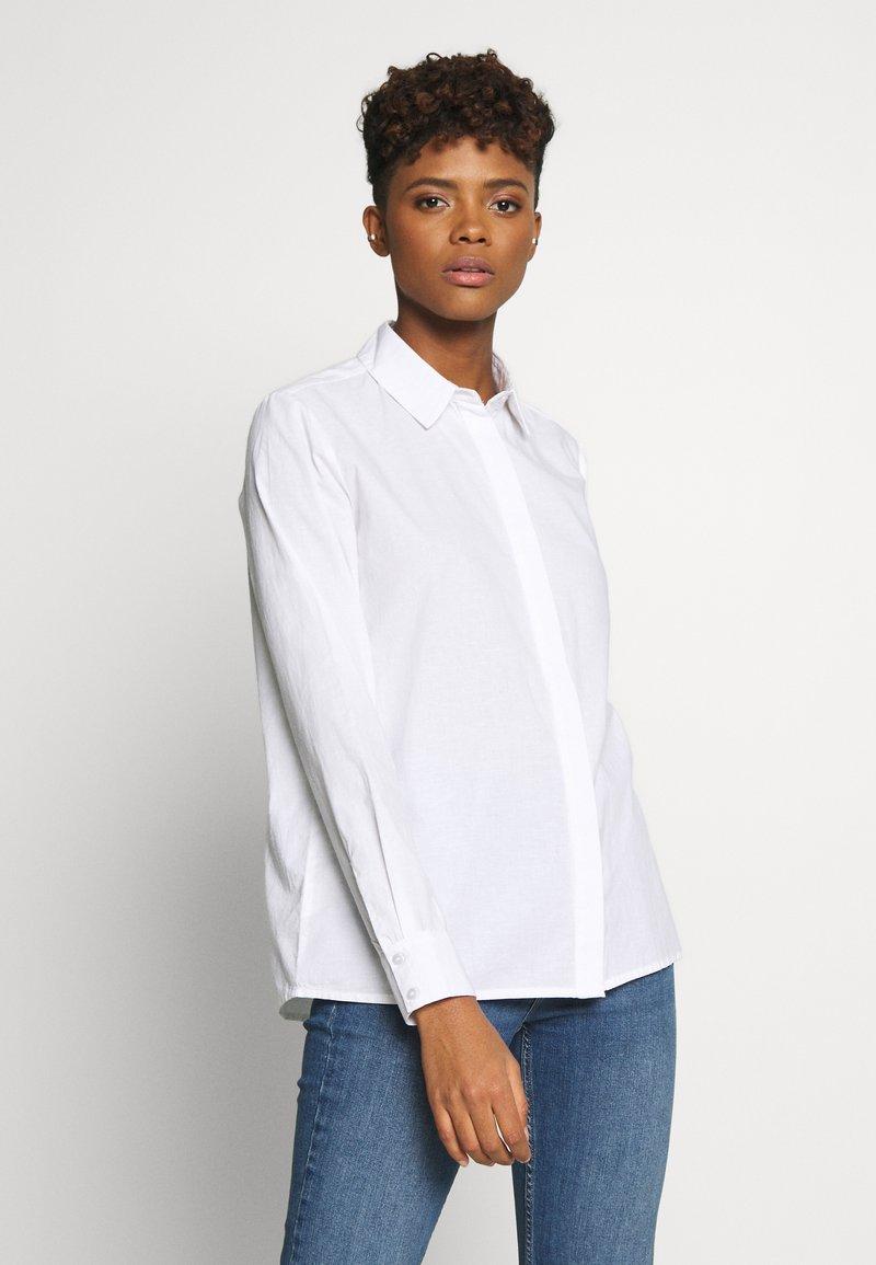 Pieces - PCJETTE SHIRT - Skjorte - bright white