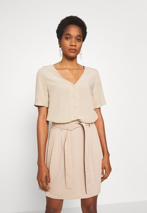 PCCECILIE - Button-down blouse - white pepper