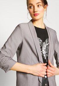 Pieces - PCBOSS  - Blazer - light grey melange - 5