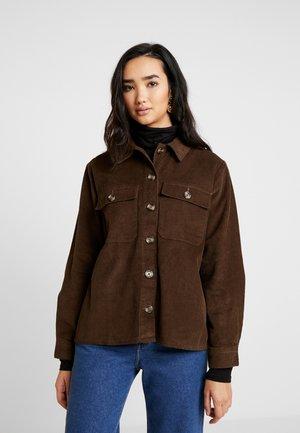 PCHALI JACKET - Leichte Jacke - light brown