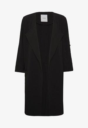 PCKORNELIA  - Krátký kabát - black