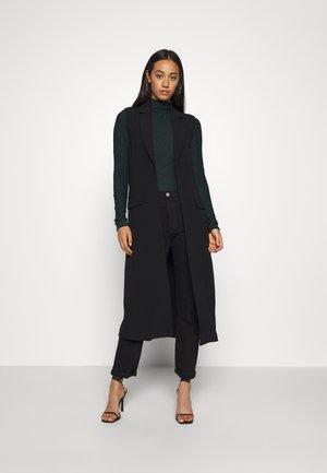 PCDANA VEST - Waistcoat - black
