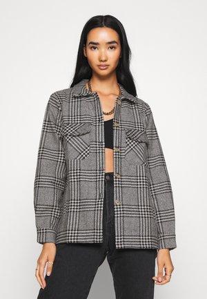 PCANNE  - Summer jacket - black