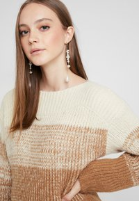 Pieces - Pullover - white pepper/gradient with toasted - 4