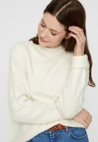 Pieces - ALPAKAMISCHFASER - Sweter - cloud dancer - 3