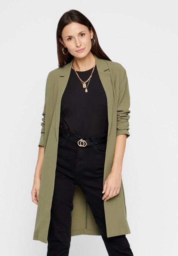Krótki płaszcz - green